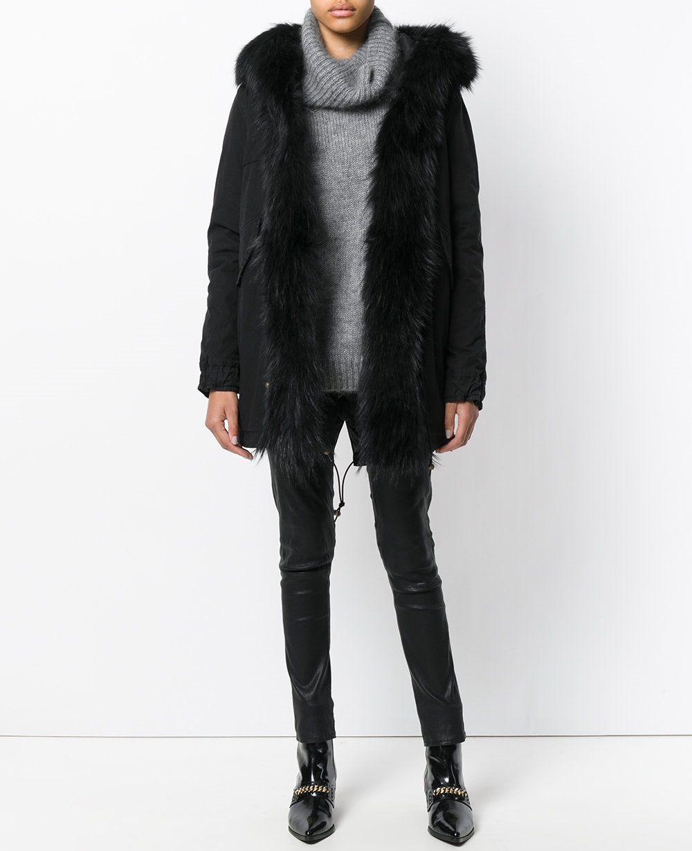 Модные женские платья сезона Зима-2019 новые фото