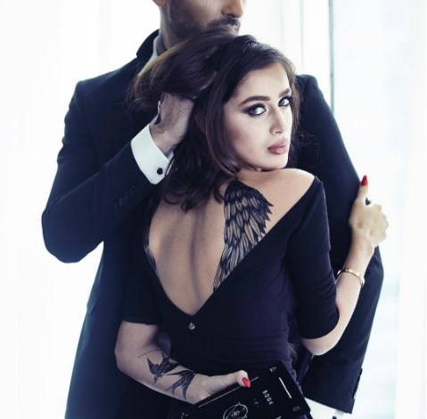 Самые красивые черные платья 2021 года фото модные фасоны