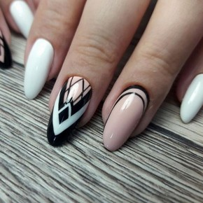 Geometricheskij_dizajn_nogtej_ (66)