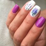 Жемчужный маникюр фото 2021 модный дизайн ногтей