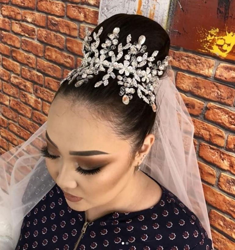Модные свадебные диадемы 2021 фото роскошных вариантов