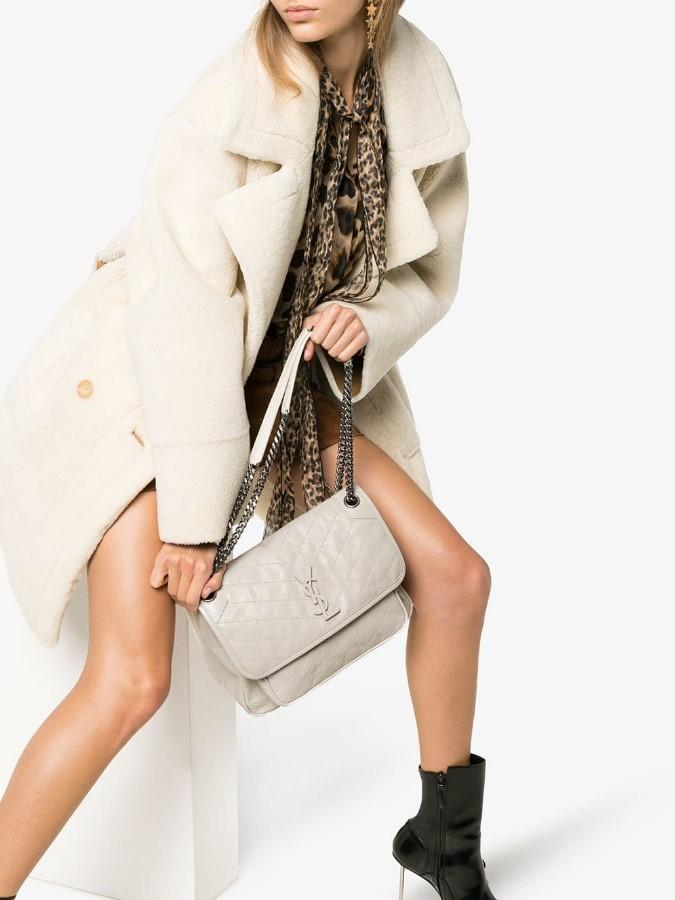 Модный базовый гардероб весна-лето 2020 идеальные фото, идеи