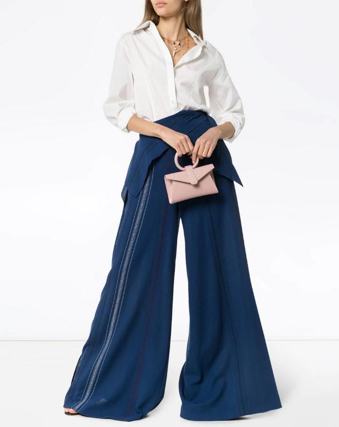 Модные тенденции брюк в новом сезоне весна-лето 2021 - фото