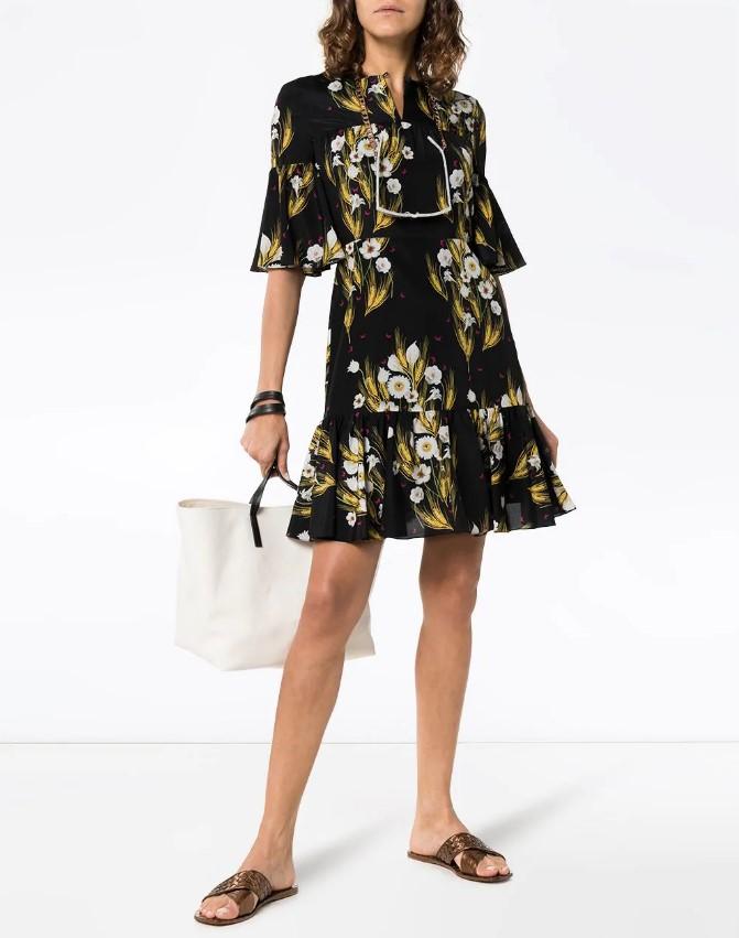 Модные и невероятно красивые черные платья 2021 фото новинки