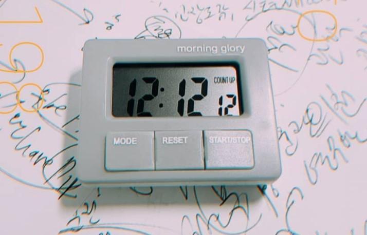 Что означает когда на часах 12:12 - что делать в этот момент