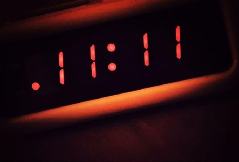 Что означает если часы показывают 11:11 правдивое толкование