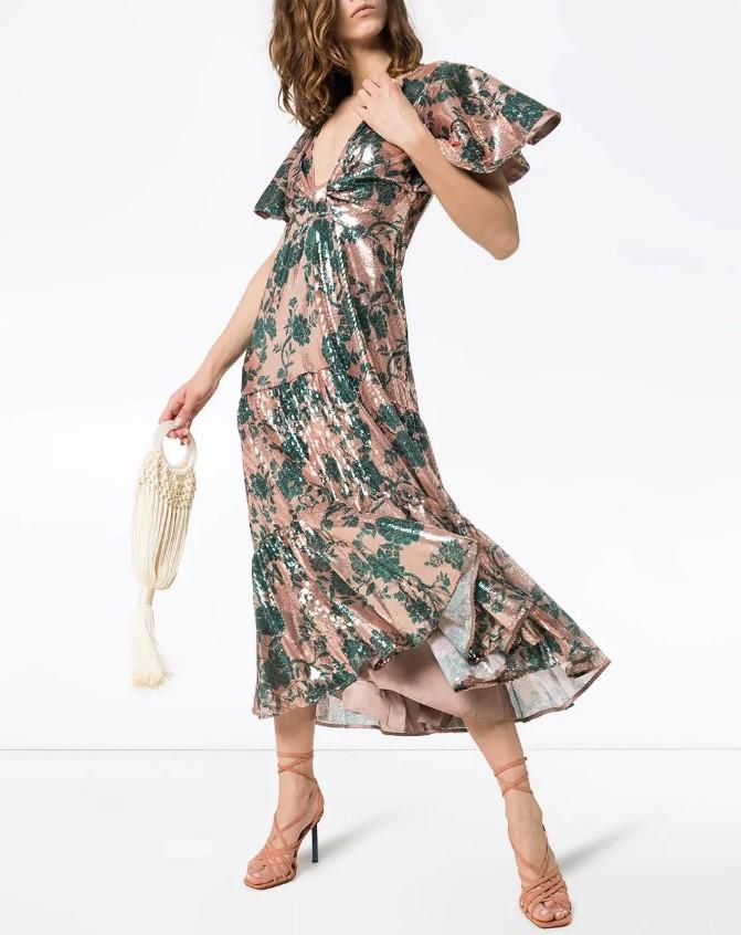 Самые лучшие платья в весенне-летнем сезоне 2021 принты фото