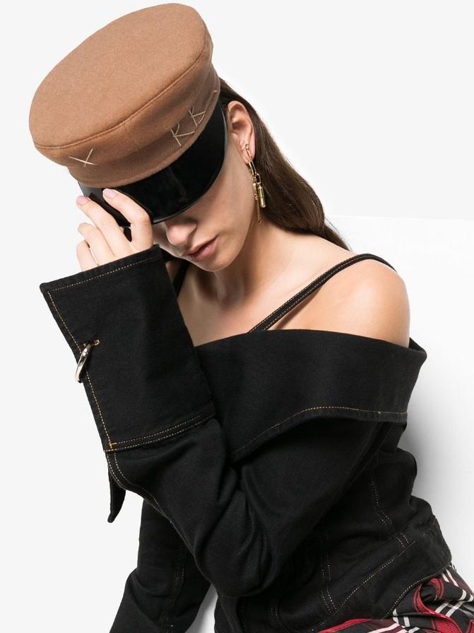 Самые модные шапки для женщин: Лучшие тренды 2021 года, фото