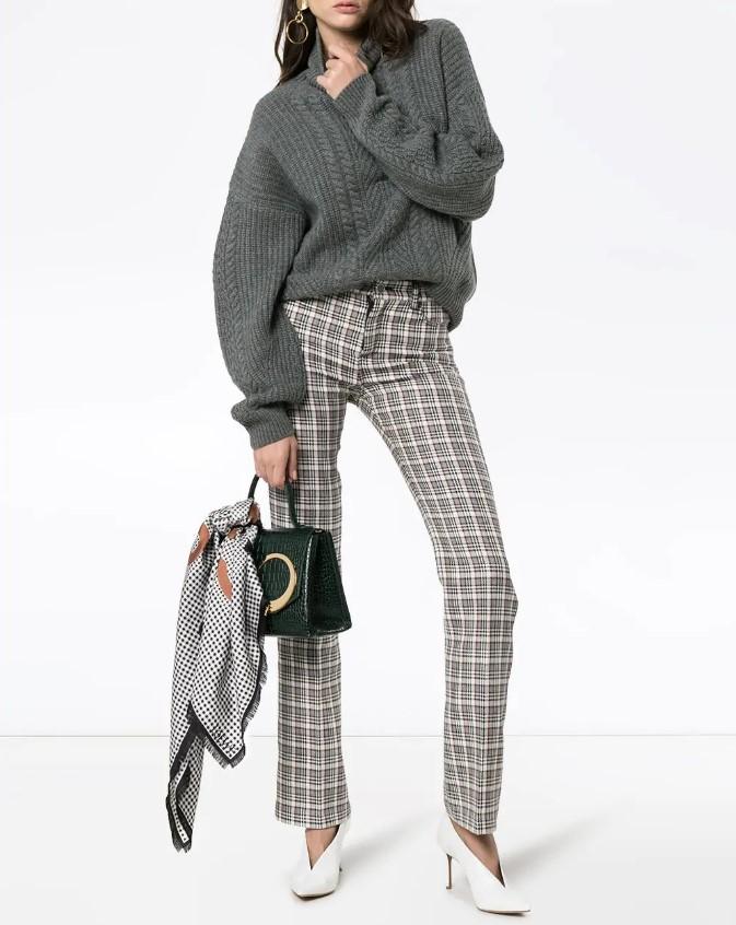 Самые модные женские свитера 2021 года: свежие тренды, фото