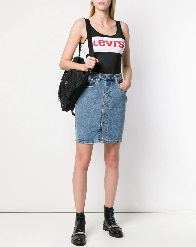 Как носить джинсовую юбку в 2020 году