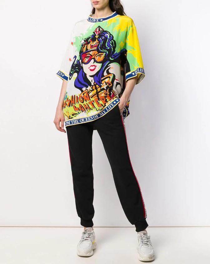 Модные женские футболки на лето 2020-2021: новинки, фото