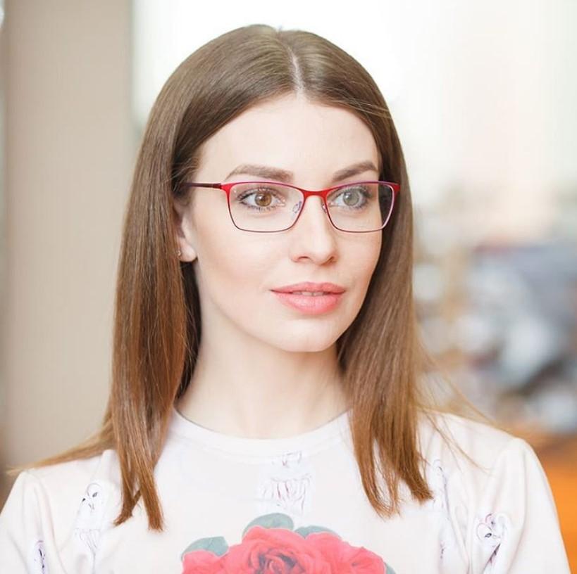 Модные оправы очков для зрения и стильные тренды 2021 года