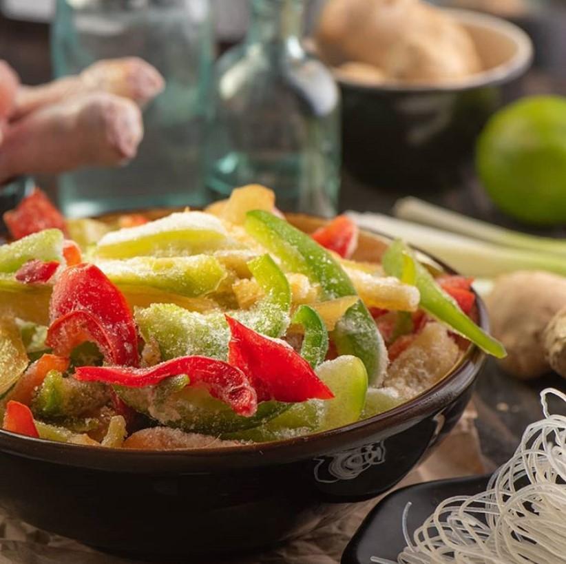 Что можно замораживать на зиму в морозилке из овощей, фруктов и зелени{q}