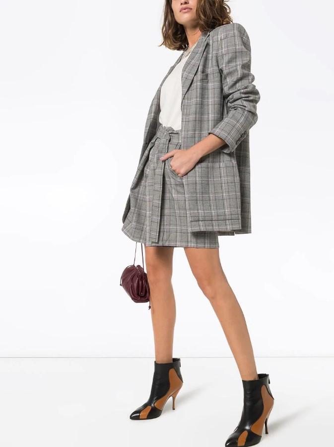 Как одеваться после 40: советы стилистов, тренды 2020, фото