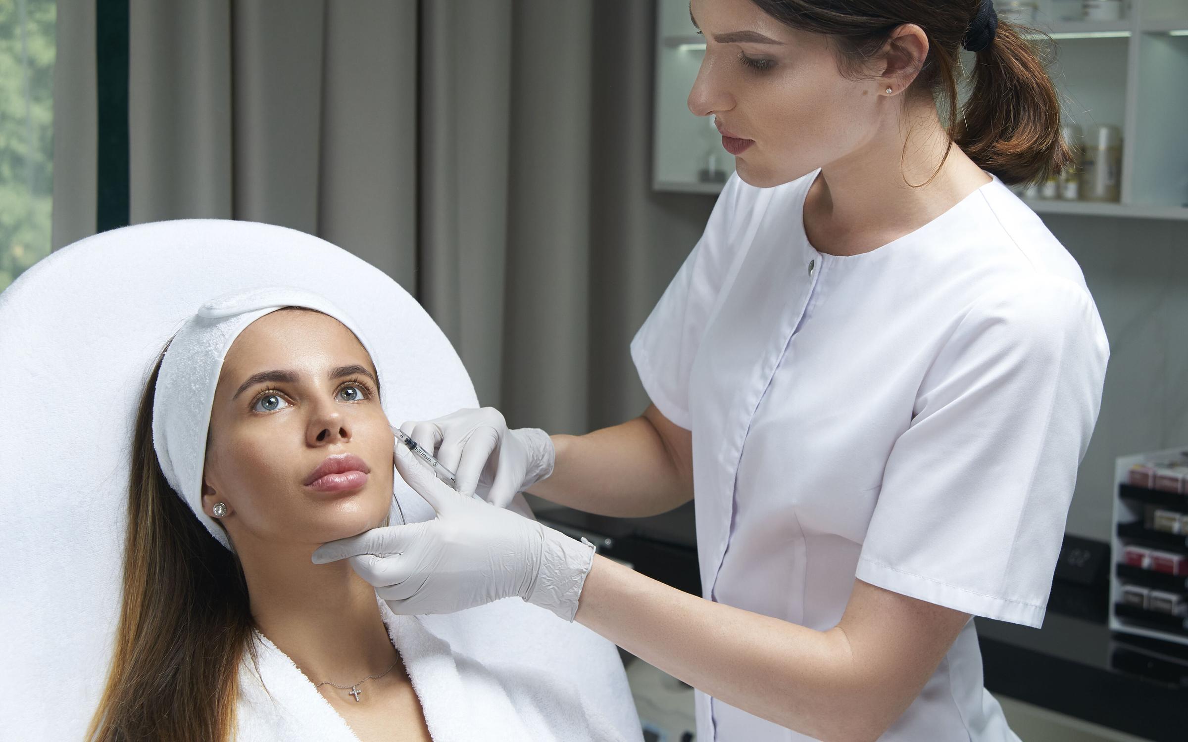 Процедуры в клинике эстетической медицине