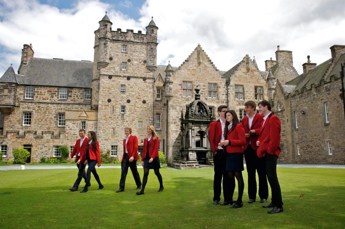 Как работают школы пансионы в Англии?