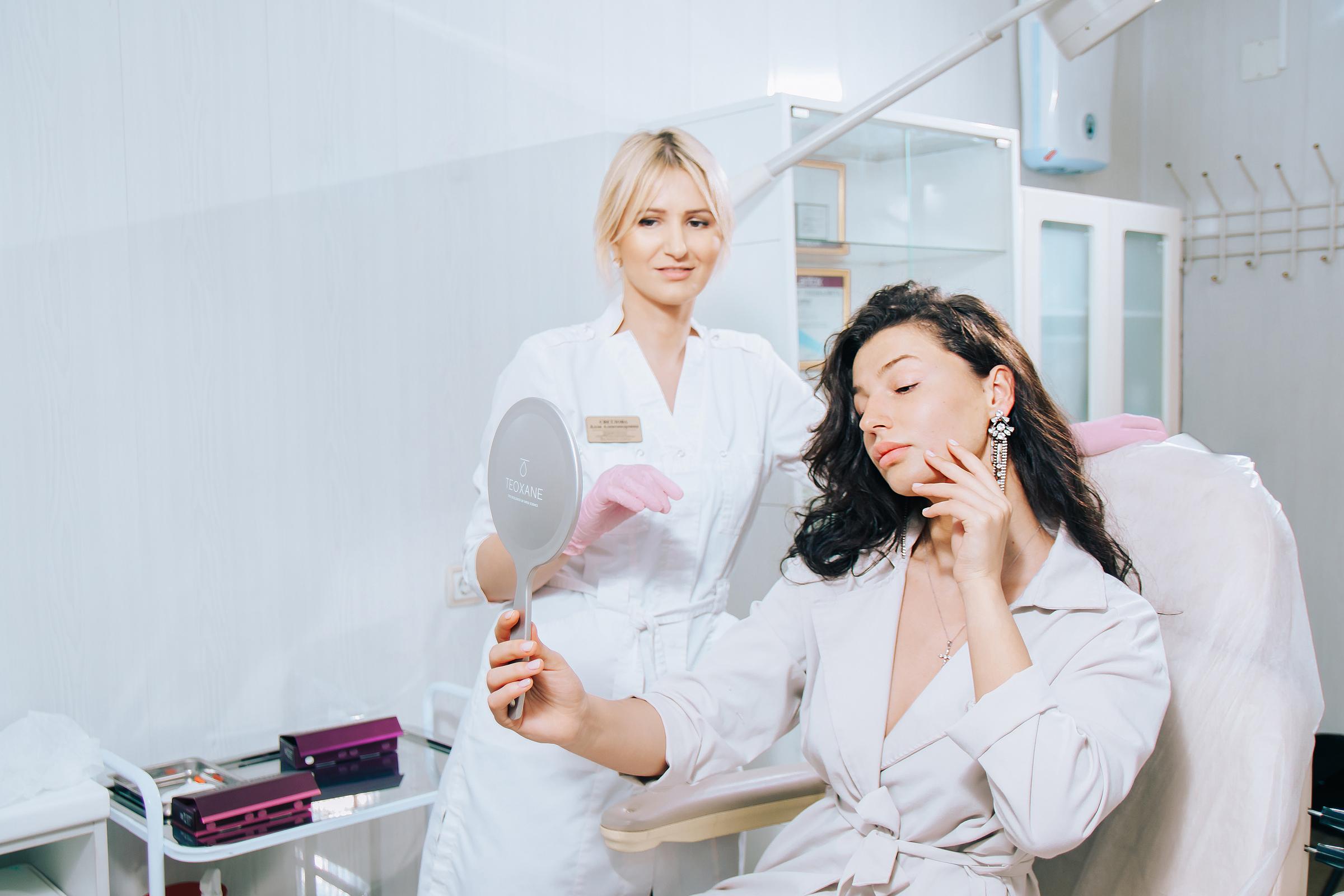 Почему стоит посещать косметолога каждый месяц?